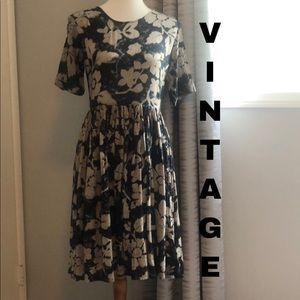 Vintage floral baby doll style dress